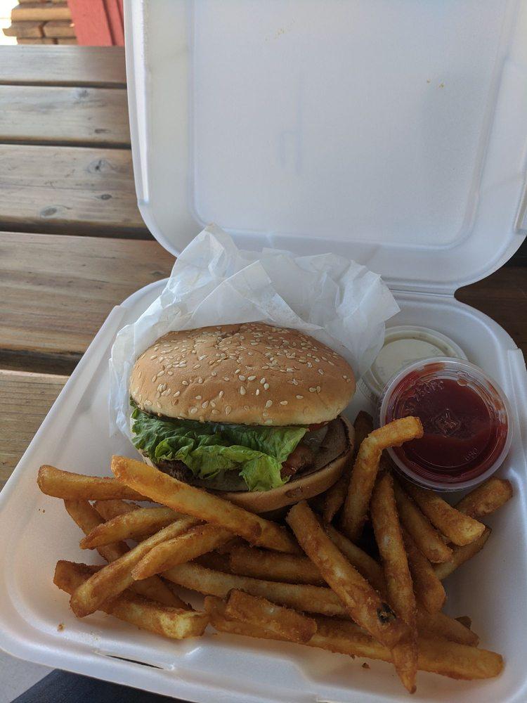 Pepper Jacks: 865 N State Rt 89, Chino Valley, AZ