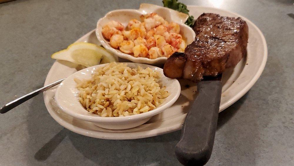 JW Halls Steak and Seafood Inn: 2284 Brodhead Rd, Aliquippa, PA