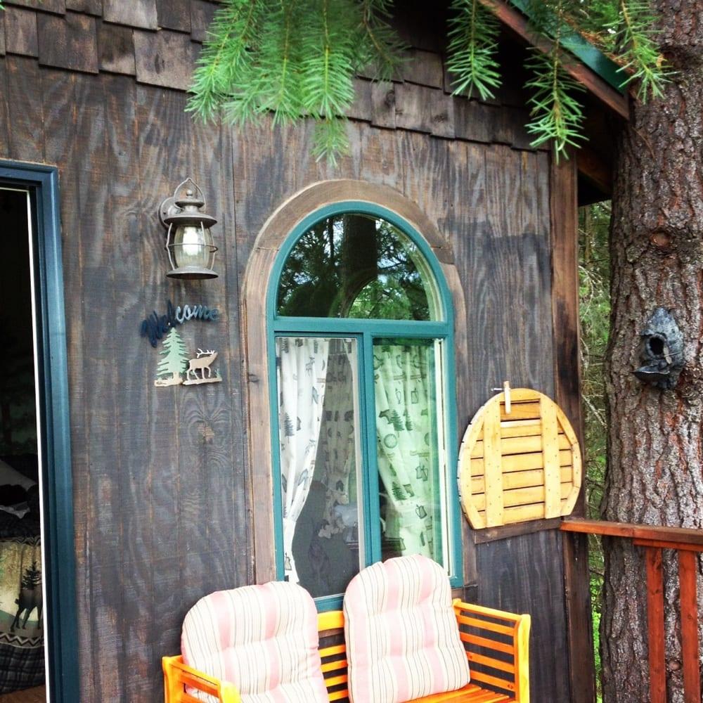Aspen Meadows Bed & Breakfast: 705 Zircon Ln, Coeur d'Alene, ID