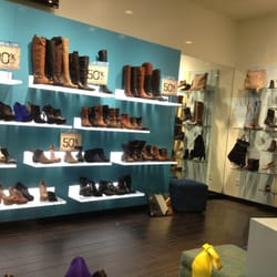 c19f28d70e5 Steve Madden - CLOSED - 28 Reviews - Shoe Stores - 865 Market St ...