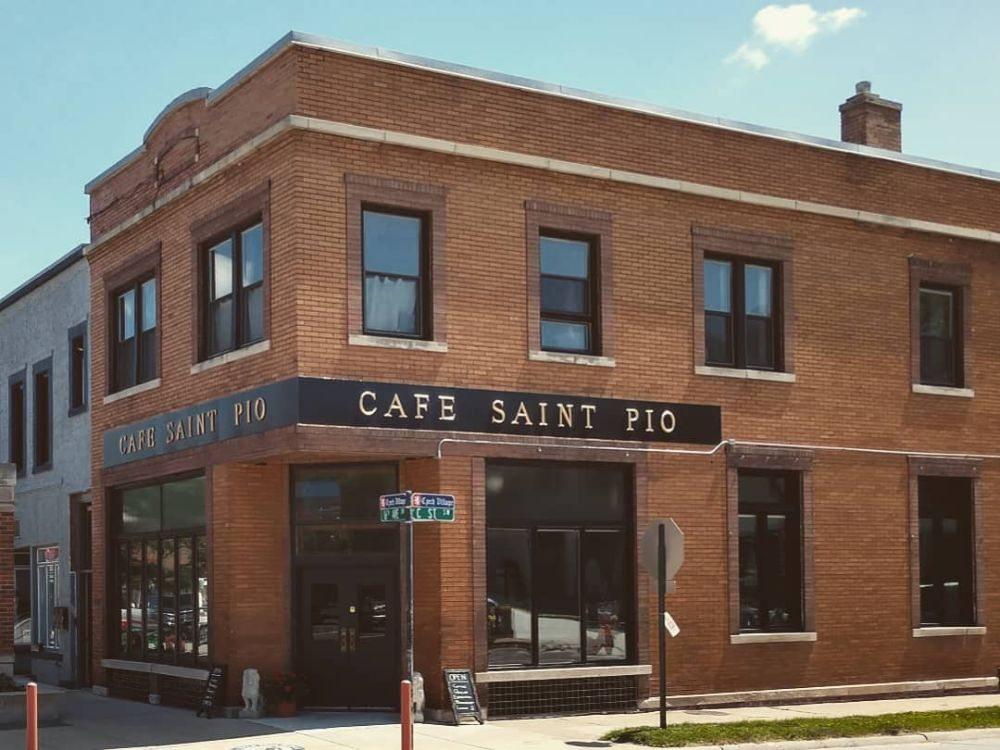 Cafe Saint Pio: 99 16th Ave SW, Cedar Rapids, IA
