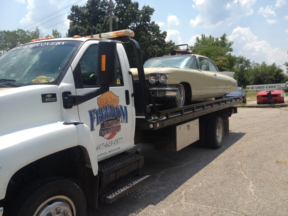 Towing business in Miami, OK