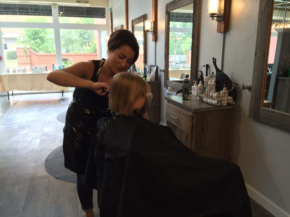 Honeycomb Salon: 111 E Silver Spring Dr, Whitefish Bay, WI