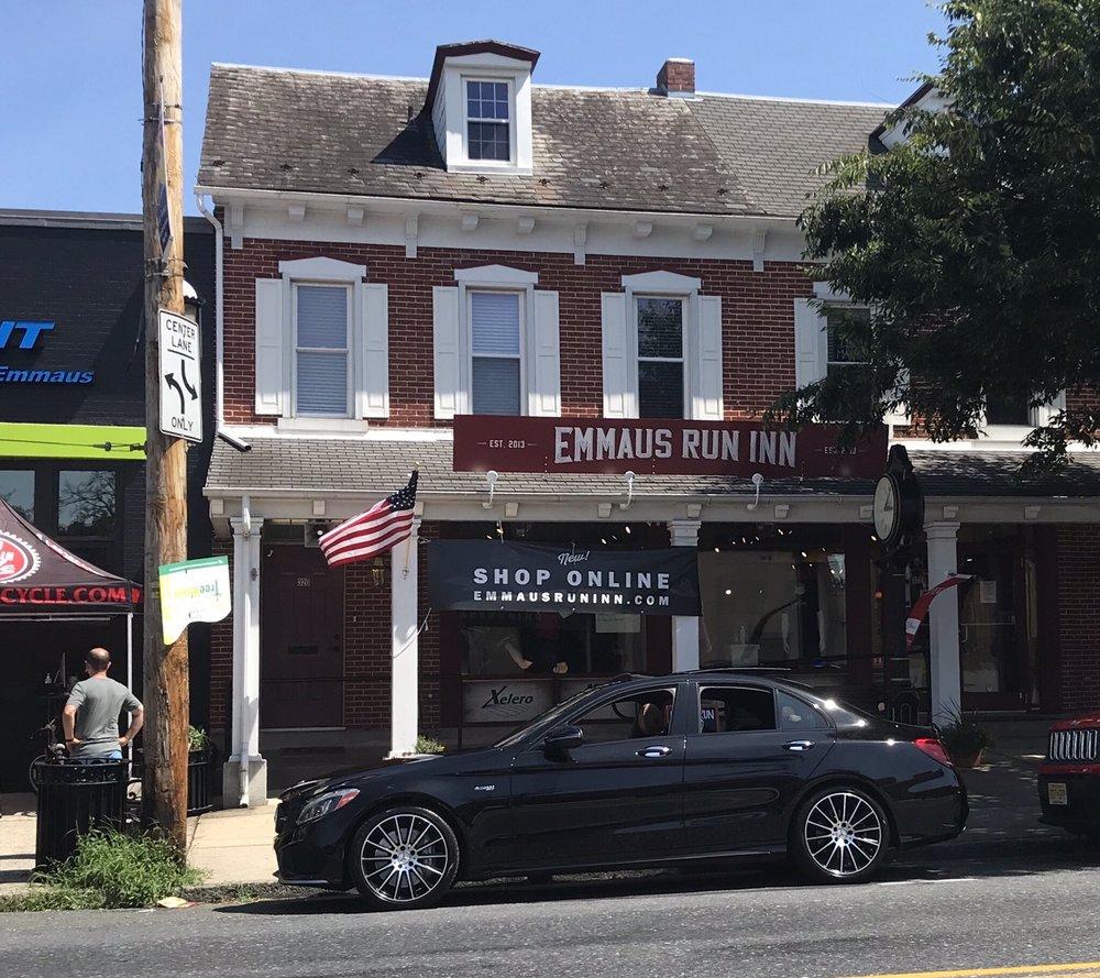 Emmaus Run Inn: 322 Main St, Emmaus, PA