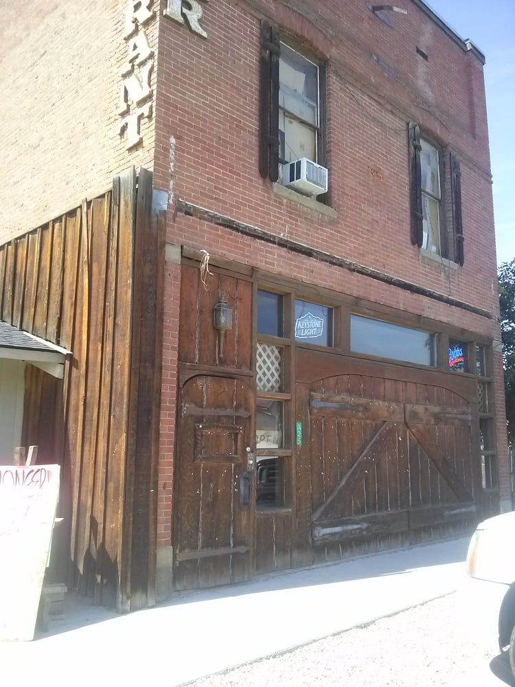 The Pioneer Family Restaurant and Tavern: 125 N Superior St, Cambridge, ID