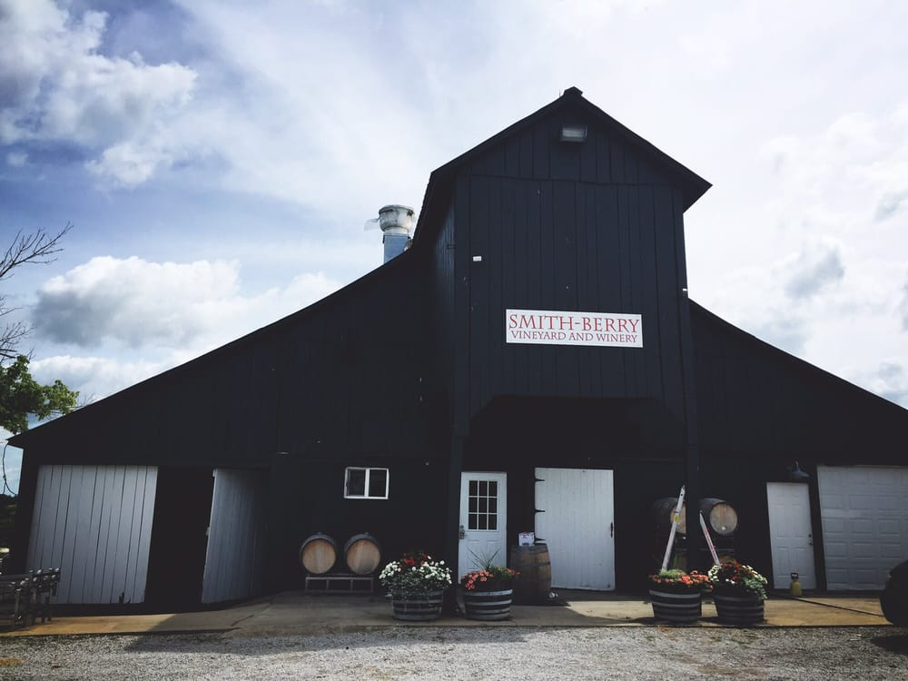 Smith-Berry Winery: 855 Drennon Rd, New Castle, KY