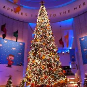 charlie brown photo of christmas around the world chicago il united states - Christmas Around The World Chicago