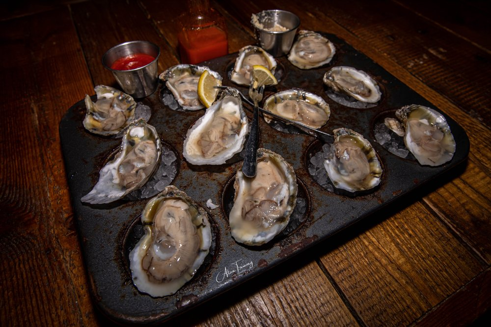 Five Point Public House Oyster Bar