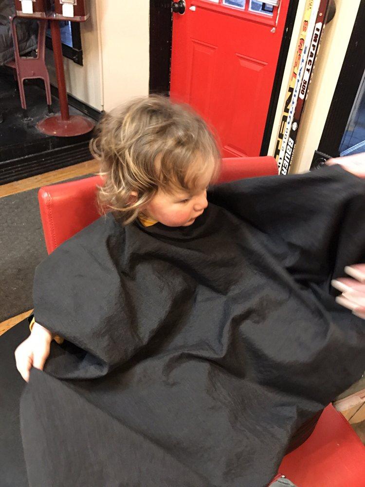 Photo of J R's Allstar Haircuts For Men: Bay City, MI