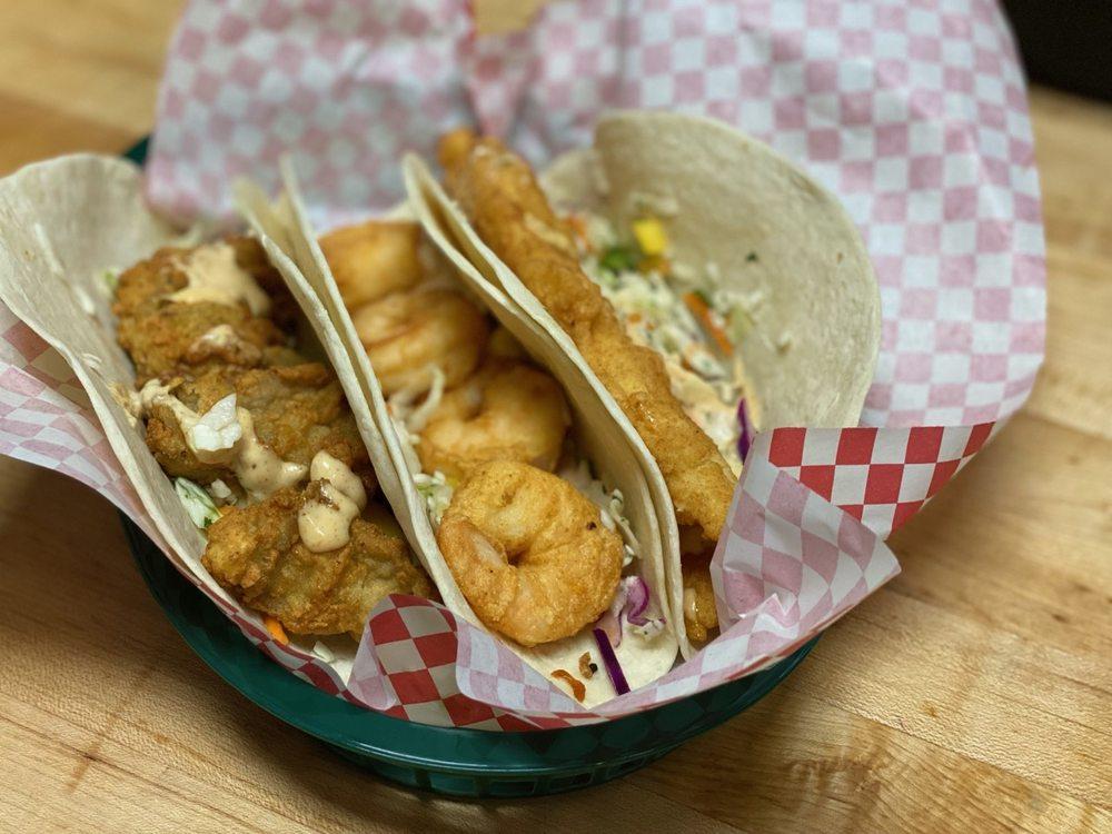 Food from Bubba's Shrimp Shack