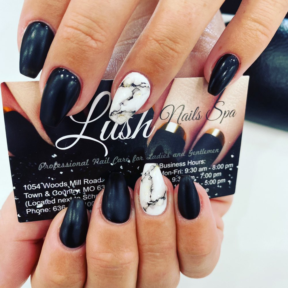 Lush Nails Spa: 1054 Woods Mills Rd, Town and Country, MO