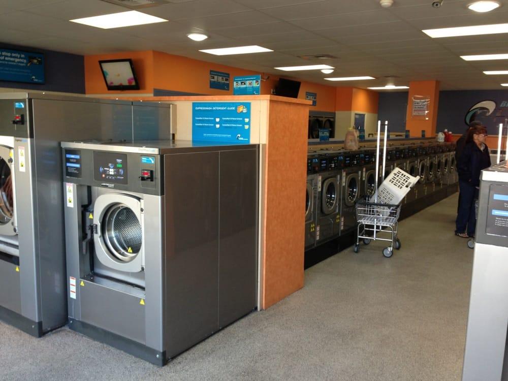 Express Laundry Center: 1201B E Sixth St, Beaumont, CA