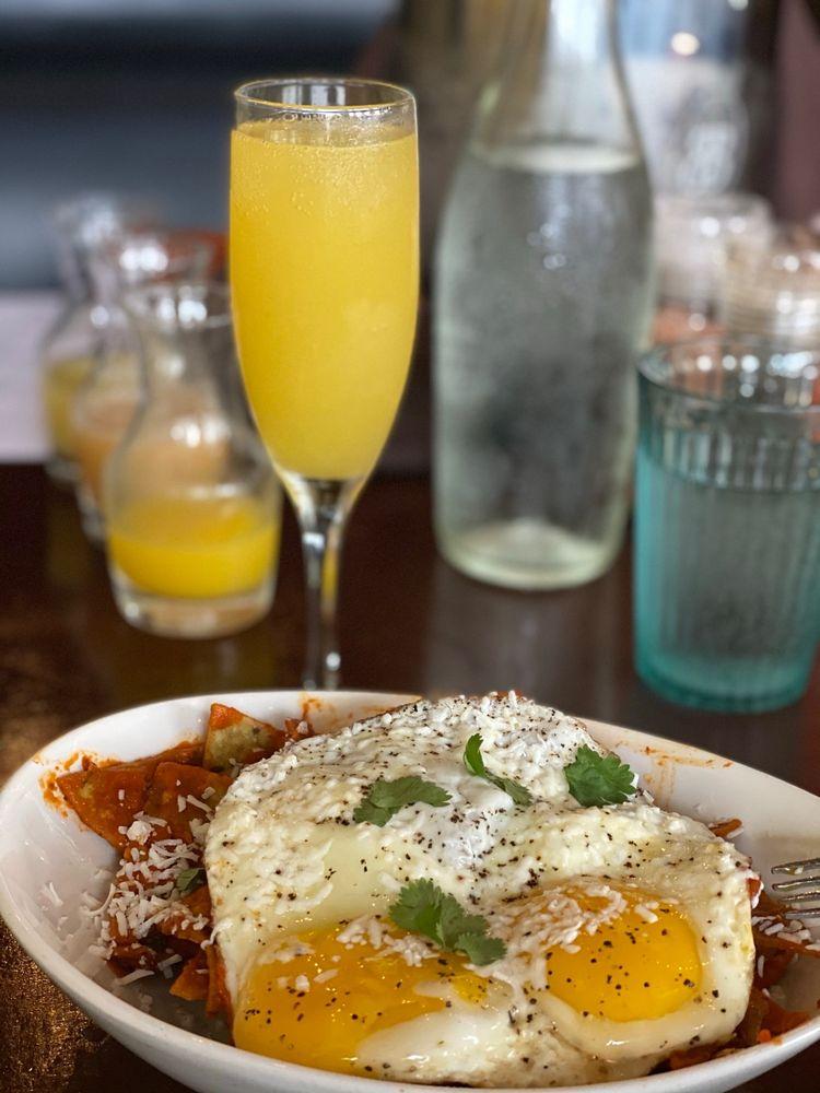 Julia's Bistro & Bar: 1725 Blanco Rd, San Antonio, TX
