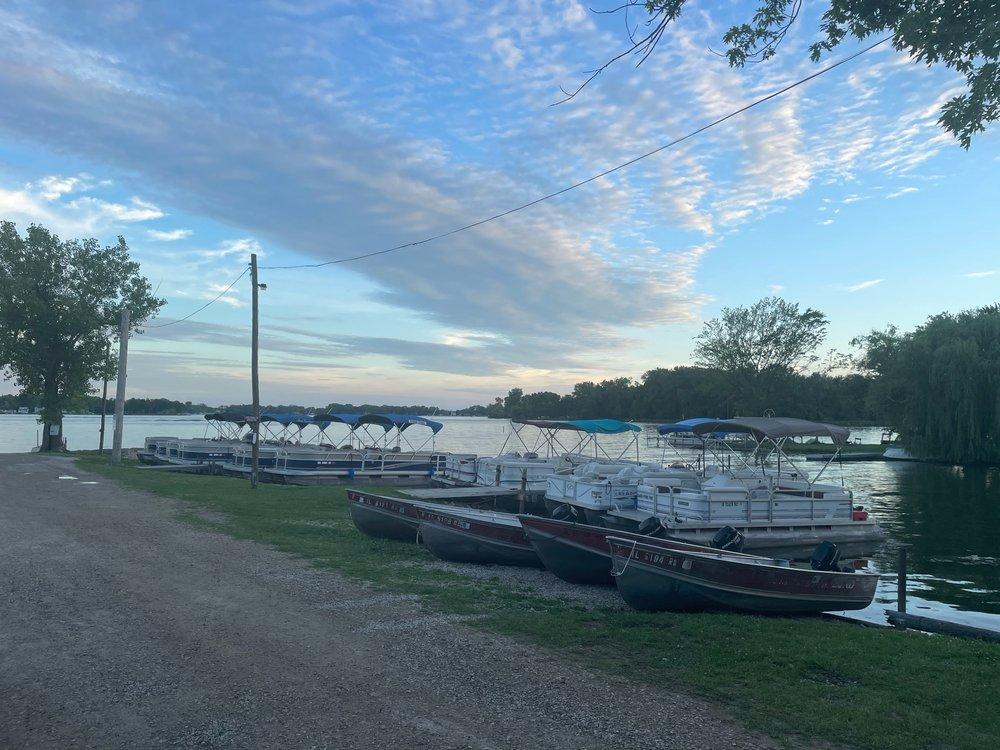The Boatyard: 42125 N 4th Ave, Antioch, IL