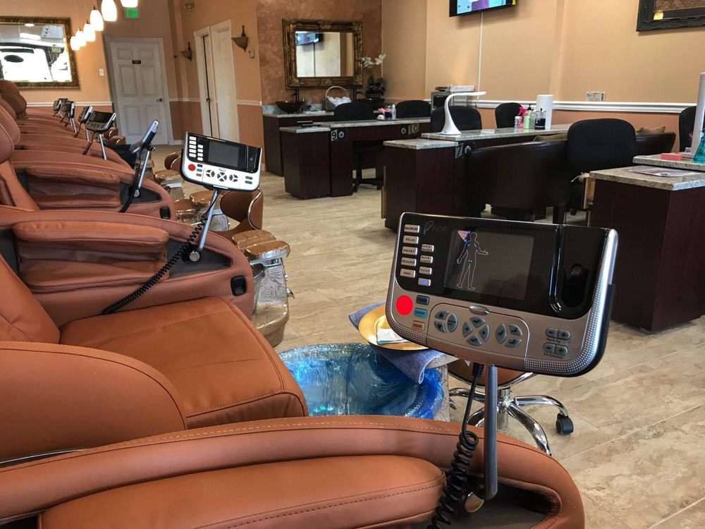 Luxury Nails and Spa: 12153 W Linebaugh Ave, Tampa, FL