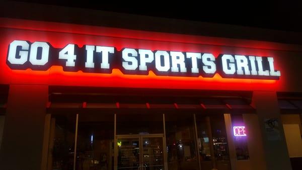 Go 4 It Sports Grill 10677 E Northwest Hwy Dallas TX Sportswear