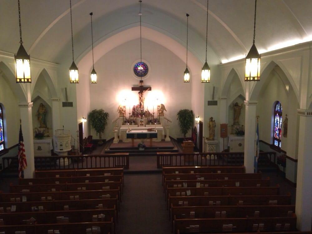 Holy Cross the Polish National Catholc Chrch Rctry: 320 High St, Central Falls, RI