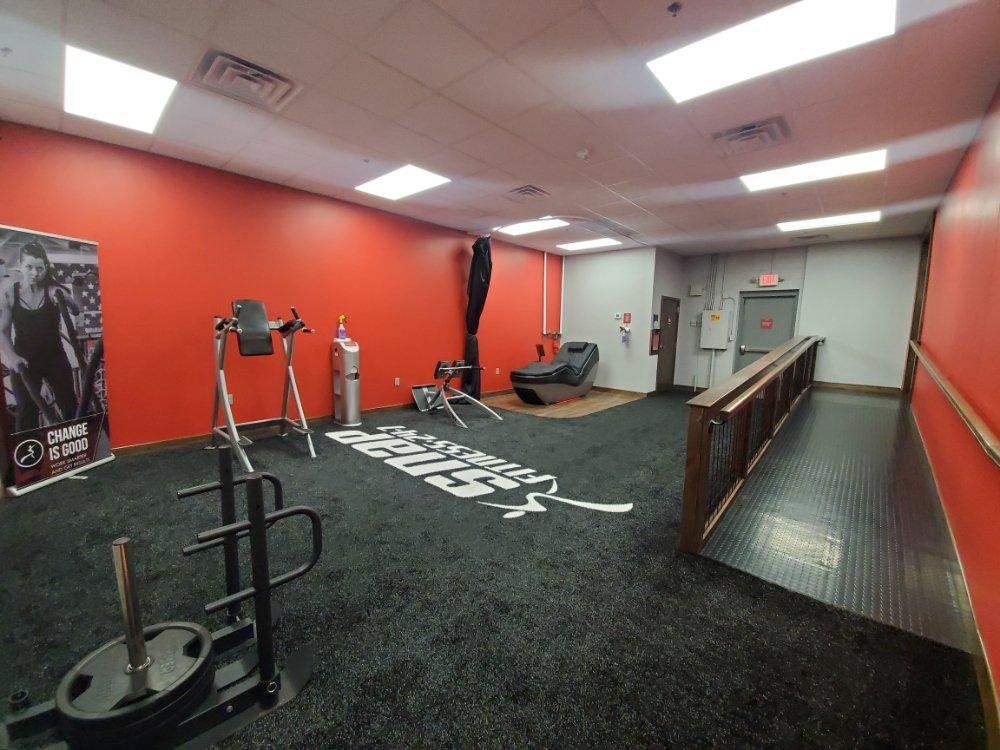 Snap Fitness - Hixson: 8530 Hixson Pike, Hixson, TN