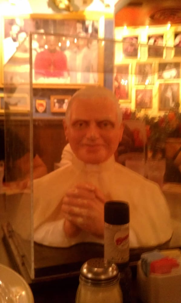Pope bust on round table yelp - Buca di beppo pope table ...