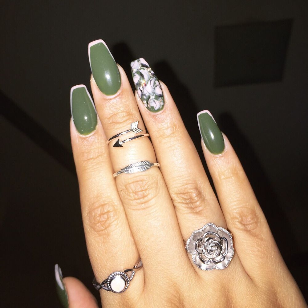 Mia Nails & Beauty Lounge: 1837 Westchester Ave, Bronx, NY