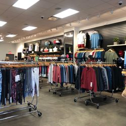 b7386247dd Lululemon Athletica Outlet - Sporting Goods - 200 Tanger Mall Dr,  Riverhead, NY - Phone Number - Yelp