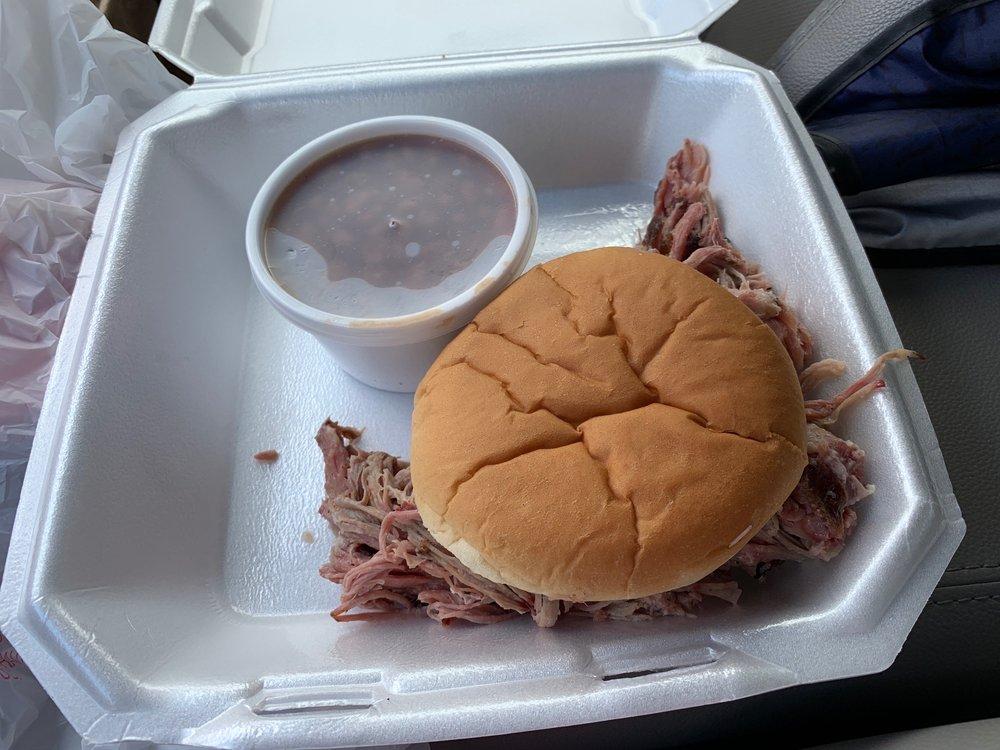 Smokin' Out BBQ: 11038 Nicasio Rd, Spring Hill, FL