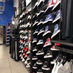 ce1845785e08 Foot Locker - 20 Photos   21 Reviews - Shoe Stores - 98-1005 ...