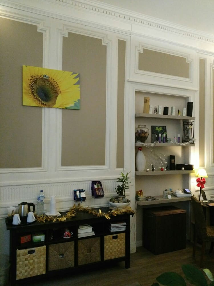 belle au naturel salons de beaut spas 23 rue porte. Black Bedroom Furniture Sets. Home Design Ideas