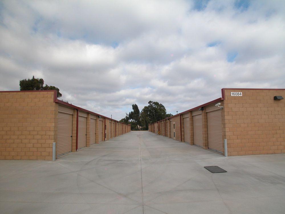 Camp Pendleton Self Storage - Self Storage - Camp Pendleton