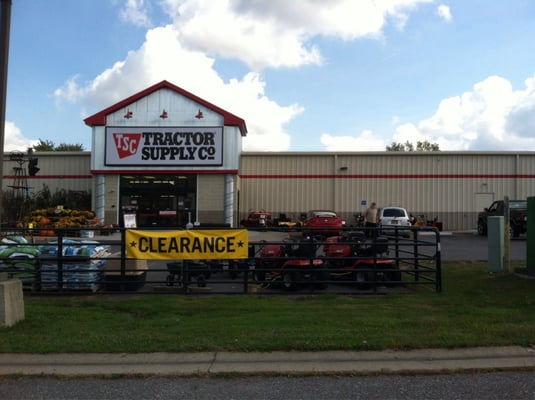 Tractor Supply Co 280 State Route 31 Macedon Ny Hardware Stores