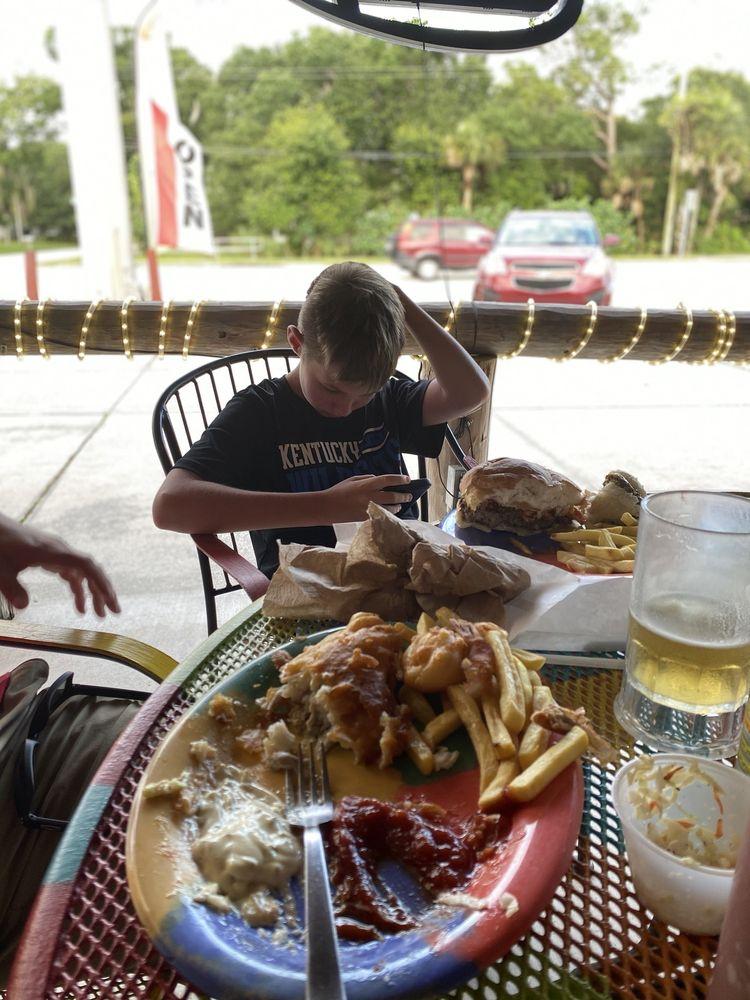 Cafe 776: 138 N Indiana Ave, Englewood, FL
