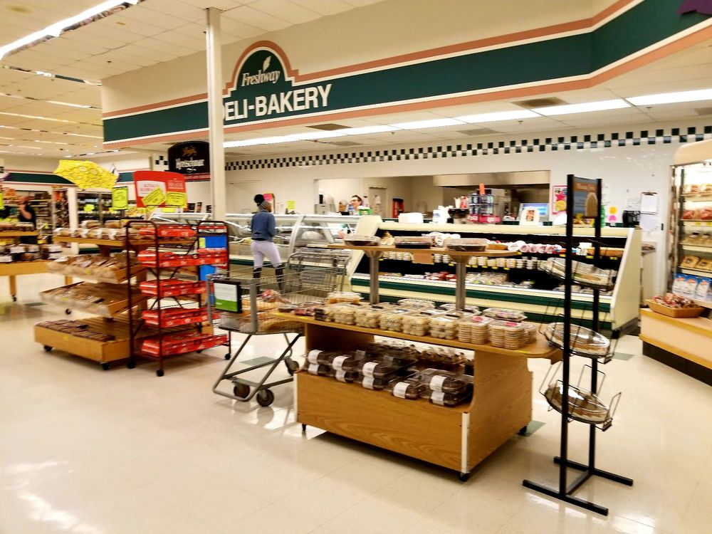 Freshway Market: 9217 Highway 19 N, Zebulon, GA