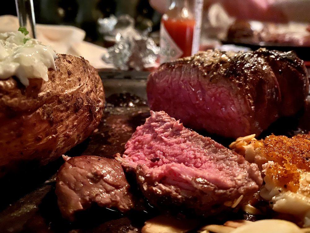 Gordy's Steakhouse: 301 Stillwater Rd, Willernie, MN