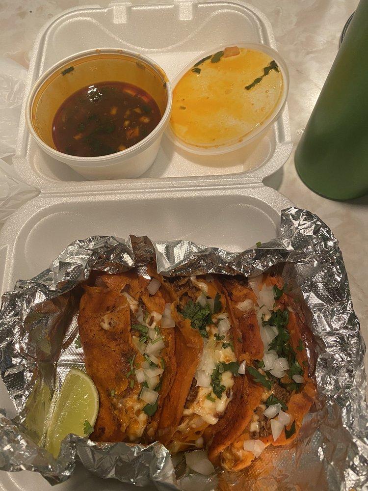 La Gloria Colombian Restaurant - Pinellas Park: 4505 Park Blvd N, Pinellas Park, FL