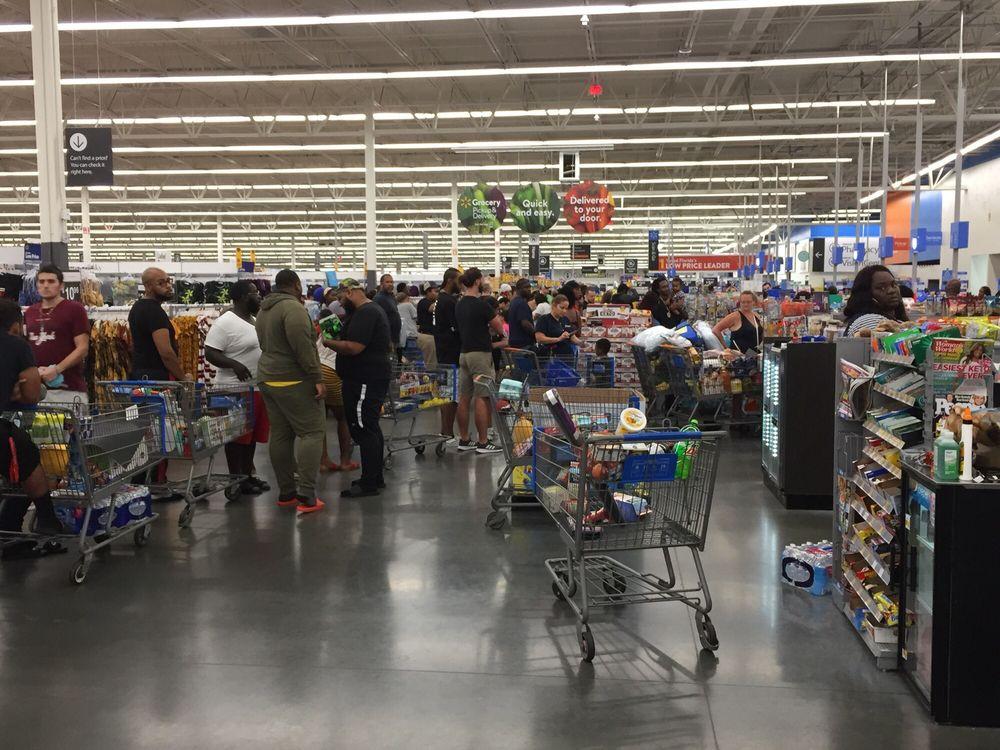 Walmart: 2500 W Broward Blvd, Fort Lauderdale, FL