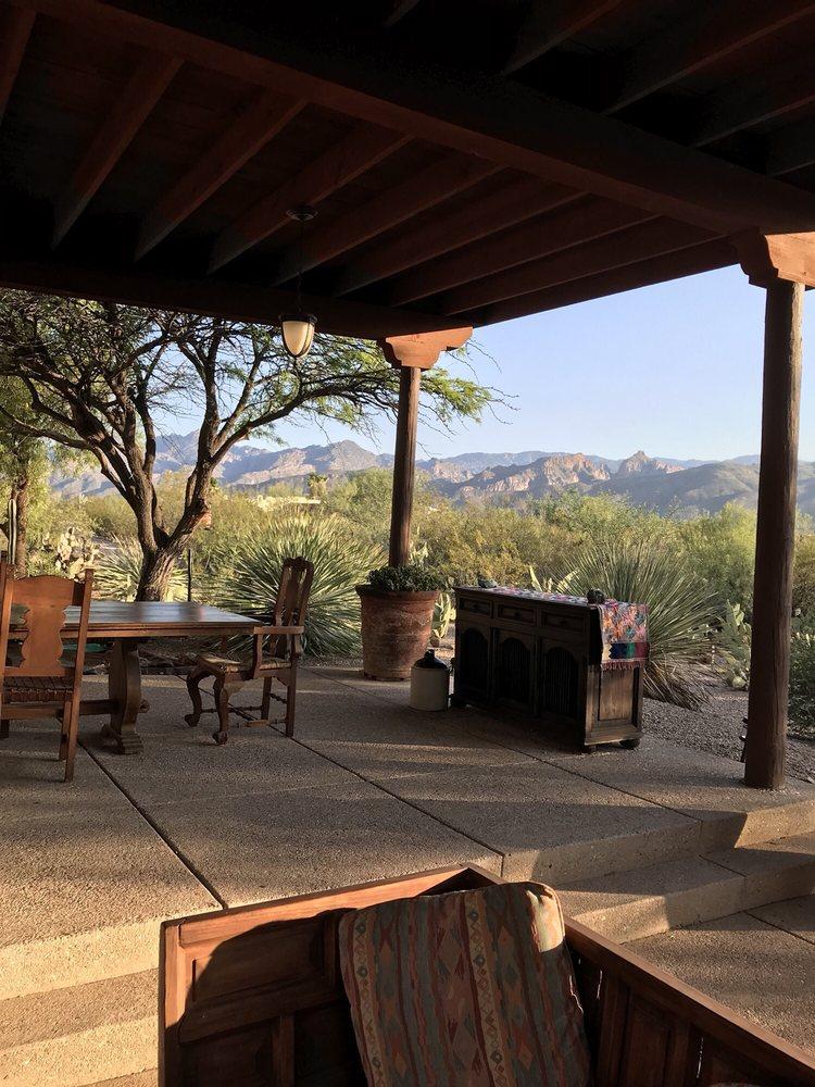 Cactus Cove Bed & Breakfast Inn
