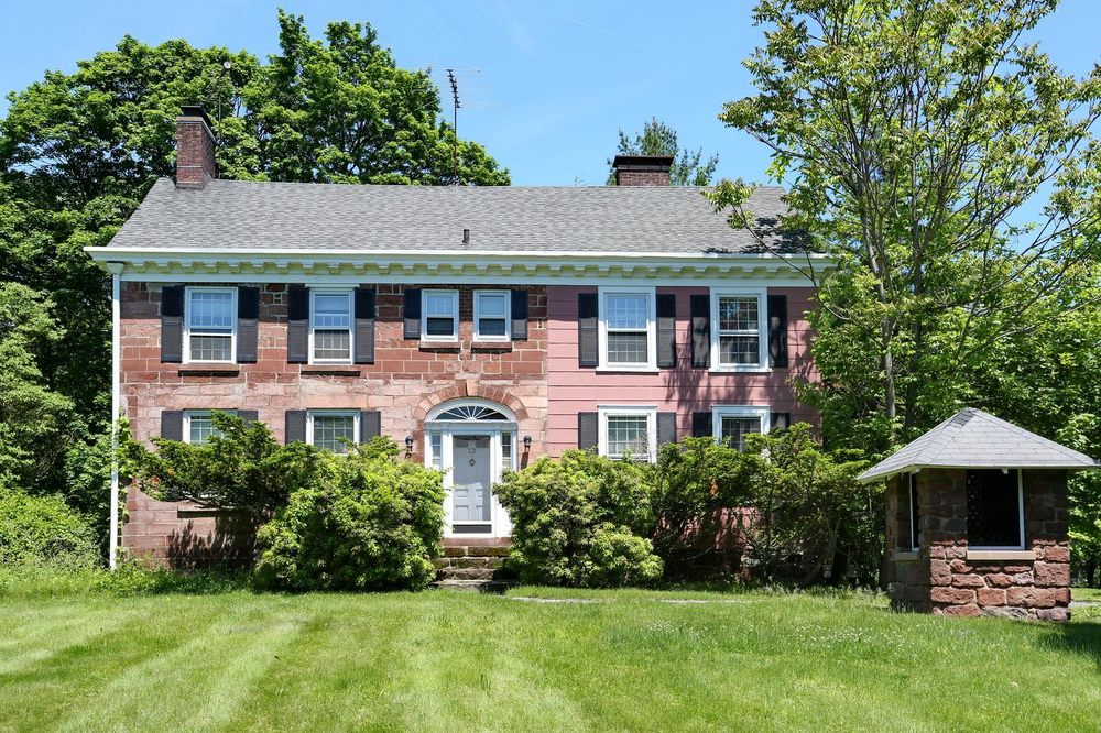 More and More Real Estate: 566 Rt 303, Blauvelt, NY