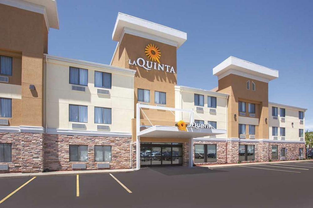 La Quinta Inn & Suites Cedar Rapids: 1220 Park Pl NE, Cedar Rapids, IA