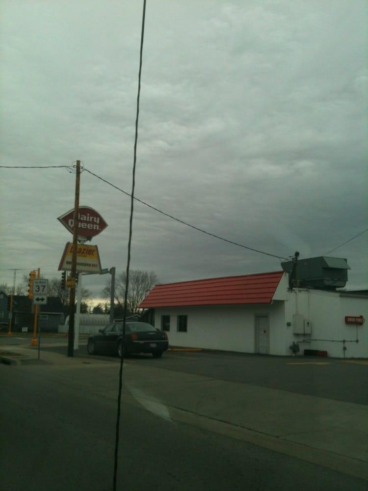 Dairy Queen Grill & Chill: 501 W Broadway Blvd, Johnston City, IL
