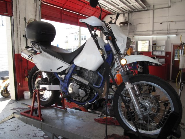 Moto garage 380 photos 49 avis r paration moto 112 for Garage reparation moto