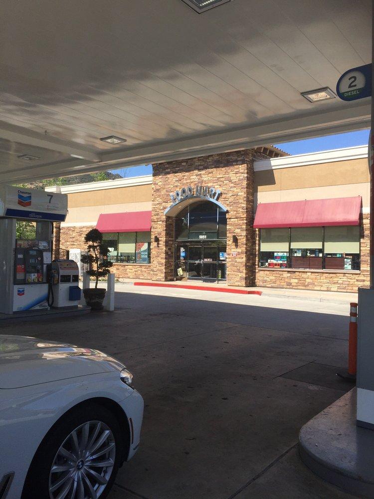 Chevron USA: 5051 Kanan Rd, Agoura Hills, CA