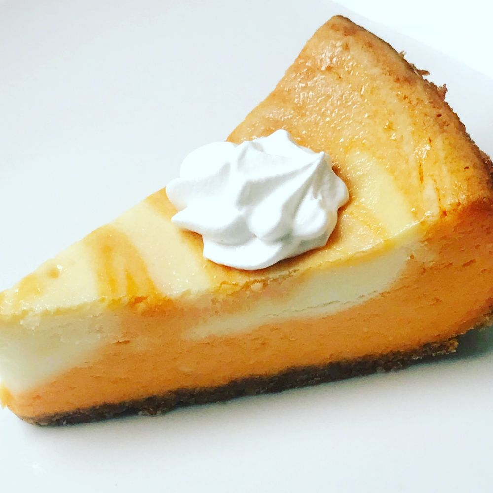 Kitty's Cheesecakes & More: 681 E 8 Mile Rd, Ferndale, MI