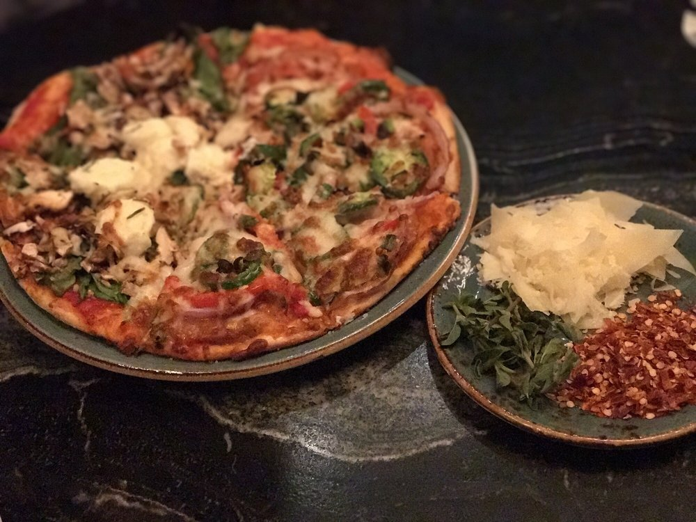 Luna Pizzeria