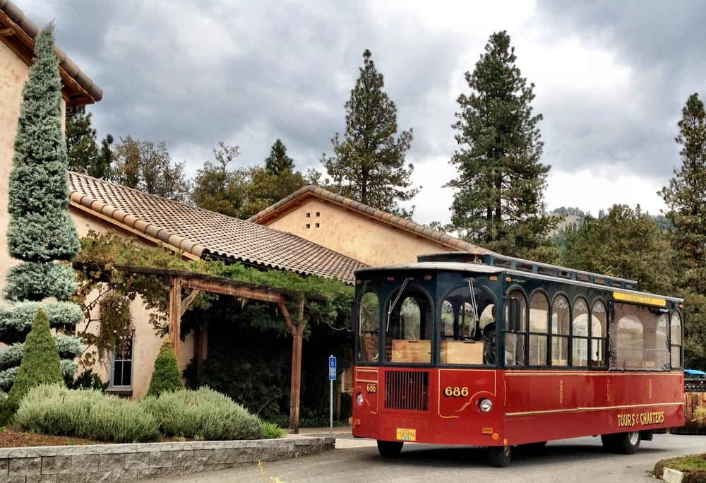 Allaboard Trolley Tours: 264 W Gregory Rd, Central Point, OR