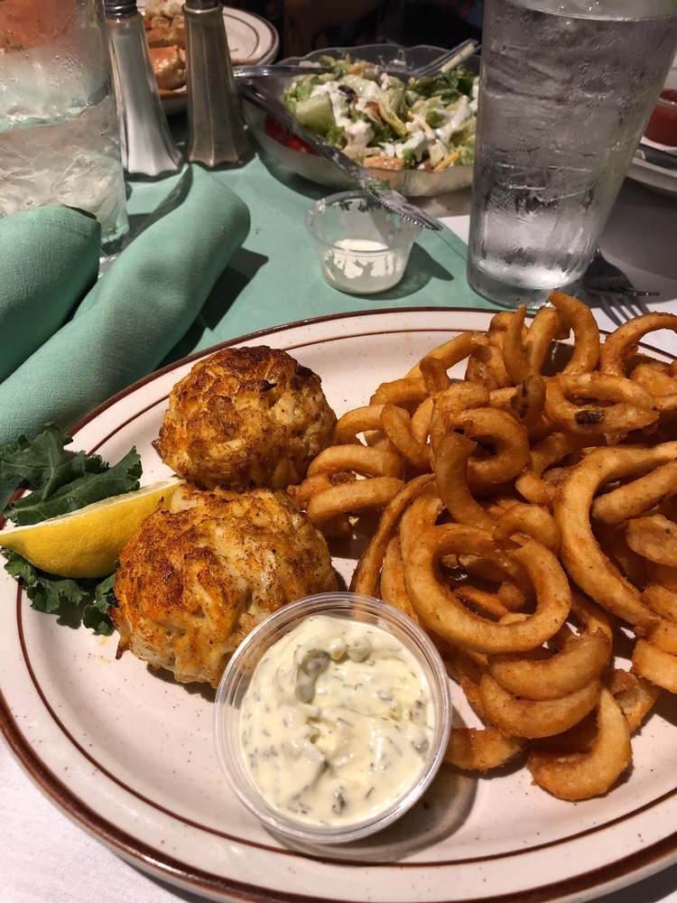 Social Spots from Callahan's Seafood Bar & Grill