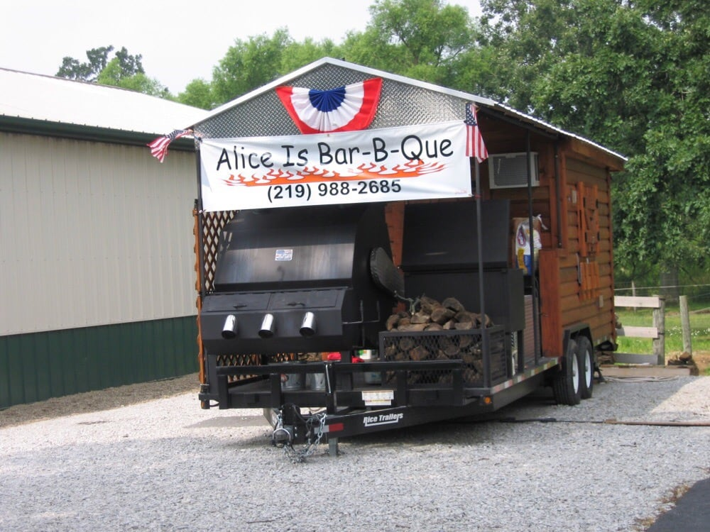 Alice Is Bar B Que: 13136 County Line Rd, Crown Point, IN