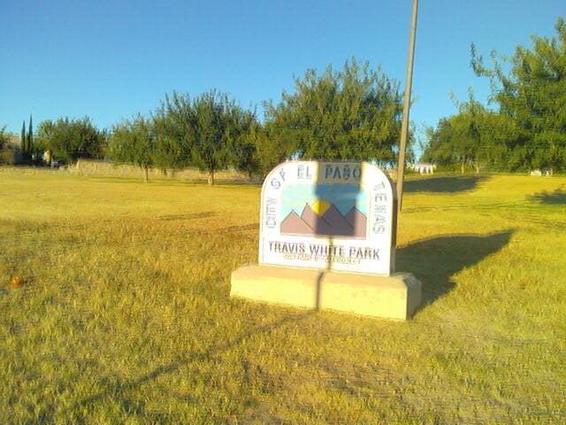 Travis white park parques y jardines 1700 wedgewood dr for Florida v jardines