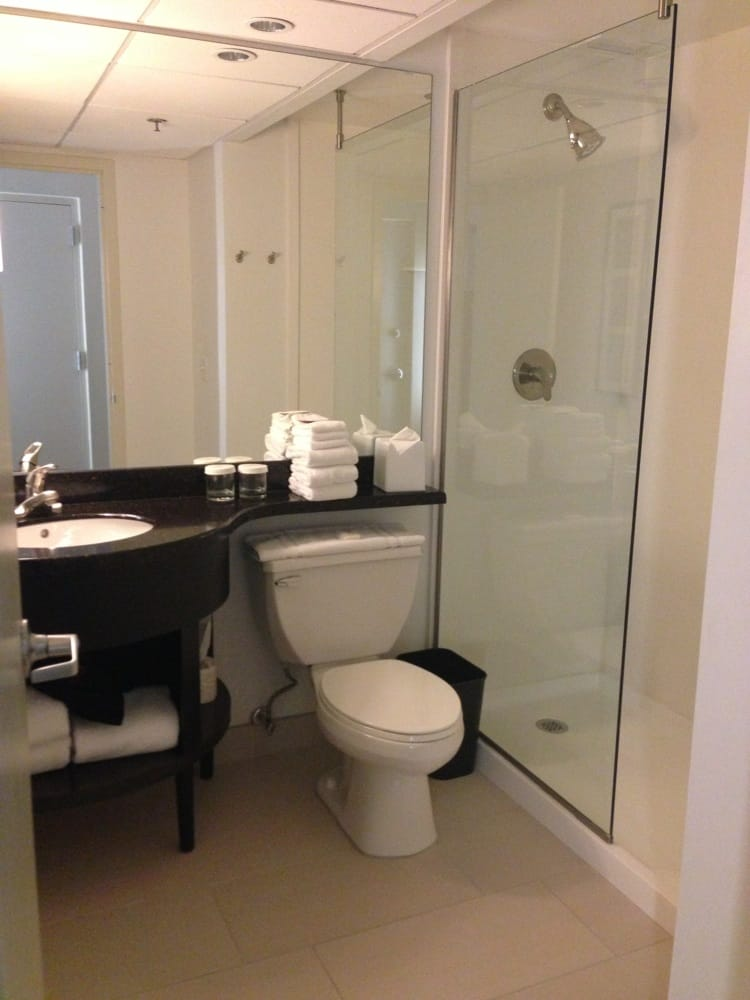 bathroom crowne plaza suffern yelp. Black Bedroom Furniture Sets. Home Design Ideas