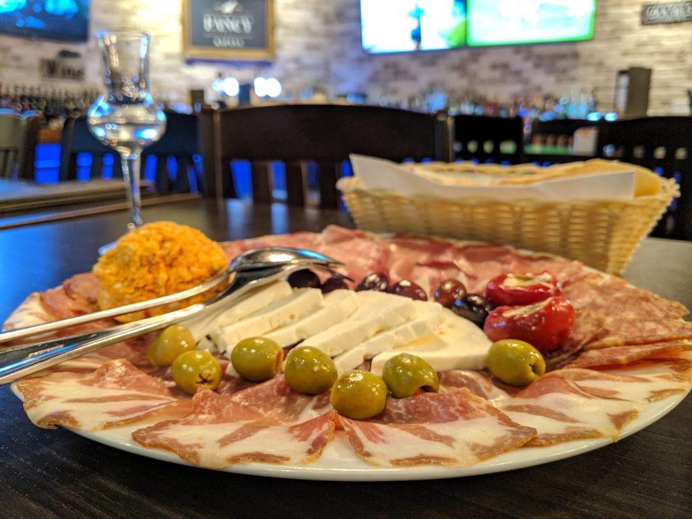 Fancy Kafana Restaurant and Bar