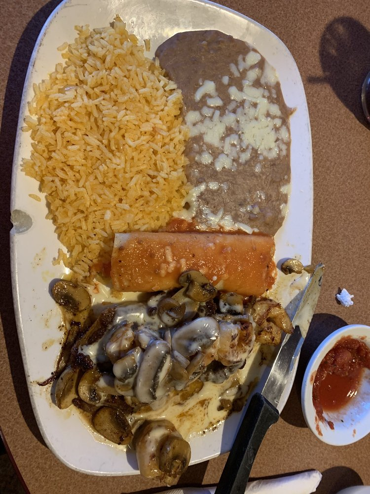 El Dorado Mexican Restaurant: 1610 Richmond St, Mount Vernon, KY